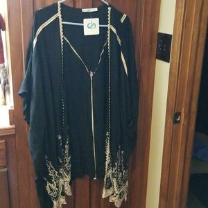 Infinity Raine Black W/Cream Embroidery Kimono